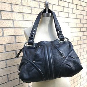 b. Makowsky shoulder bag black leather